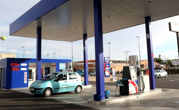 Gasolinera 'low-cost' en Valladolid.