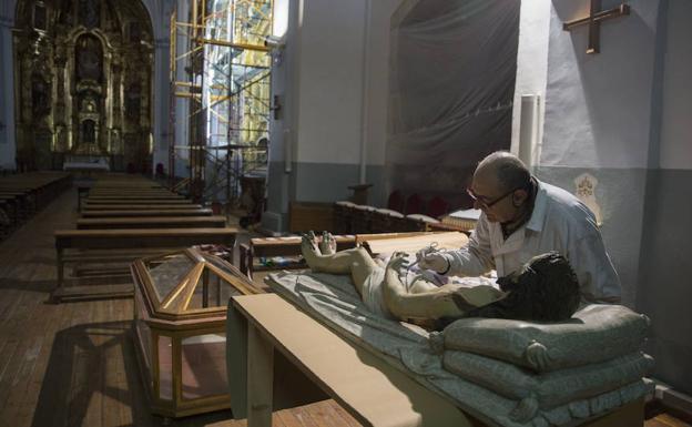 La iglesia de San Pedro Apóstol pone a punto su casa | El ...