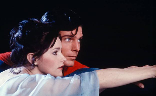 Margot Kidder y Christopher Reeve en Supermán 2./