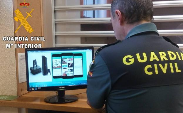 La Guardia Civil investiga la supuesta estafa. /El Norte