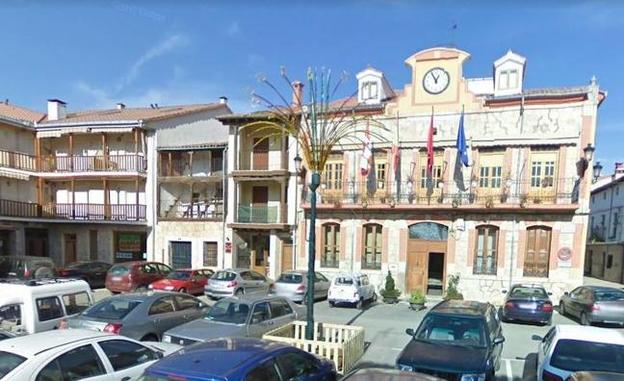 Plaza Mayor de Candeleda. /Google