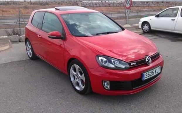 abb18d9dc Roban un coche en un garaje de Valladolid y dejan la barra antirrobo ...