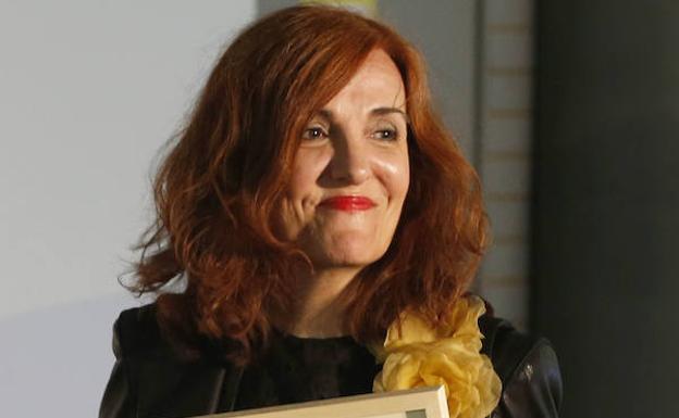 Elvira Lindo  «He notado la condescendencia masculina»  3ef0e209756