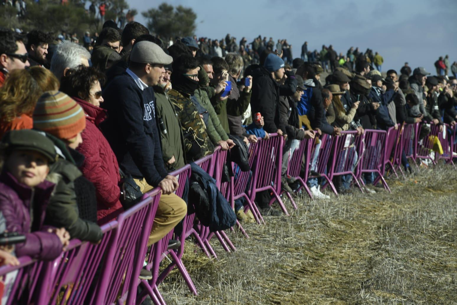 Mas De 25 000 Personas Abarrotan A Media Manana El Nacional