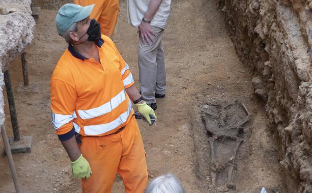 La búsqueda en Valladolid de los restos de Red Hugh O'Donnell se traslada ahora al laboratorio