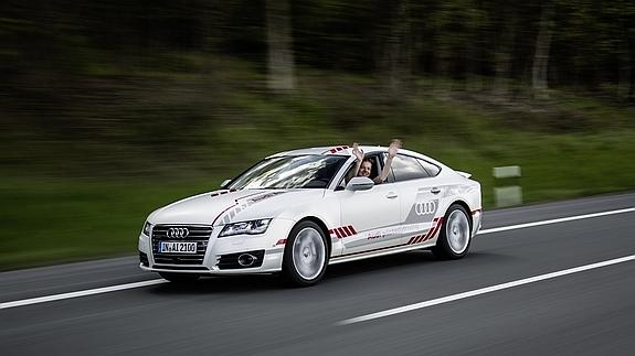 Audi A7 piloted driving concept, sin manos