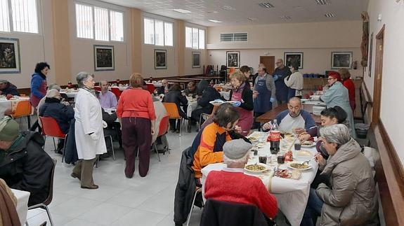 La solidaridad que alimenta a los \'sin techo\' | El Norte de Castilla