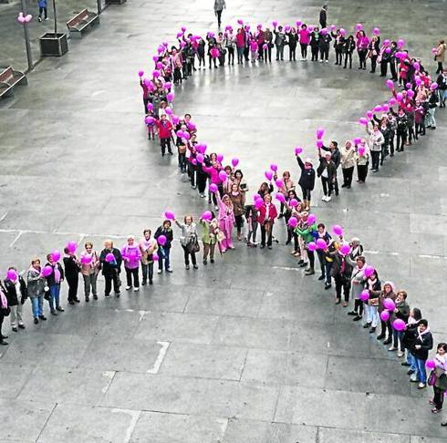 Imagenes Lazos Rosas Cancer.La Provincia Se Llena De Lazos Rosas Por La Lucha Contra El